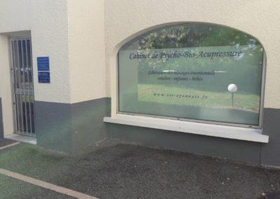 Cabinet de PBA à Lyon Solaize : Vitrine et plaque